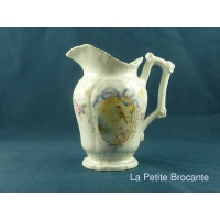 pot__lait_en_porcelaine_1